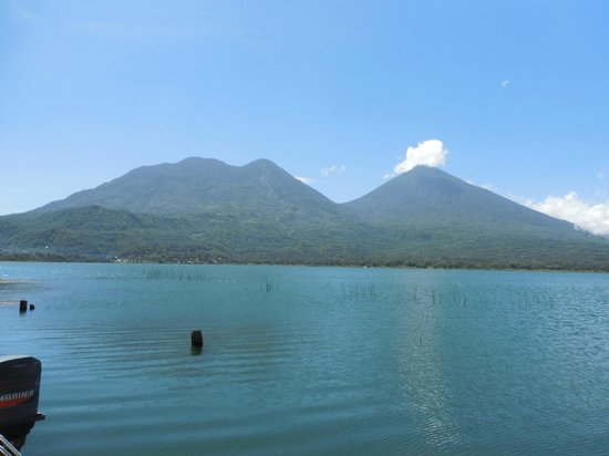 Mystical Yoga Farm: View of lake