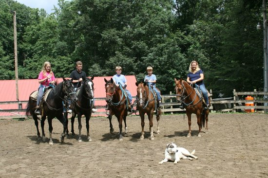 Clear Creek Guest Ranch: Great horseback riding