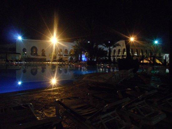 Atlantic Palace Agadir: Pool at night