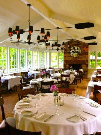 Golden Pheasant Inn: Solarium