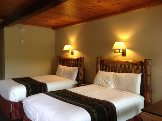 Timber Inn Motel: Newly renovated room!