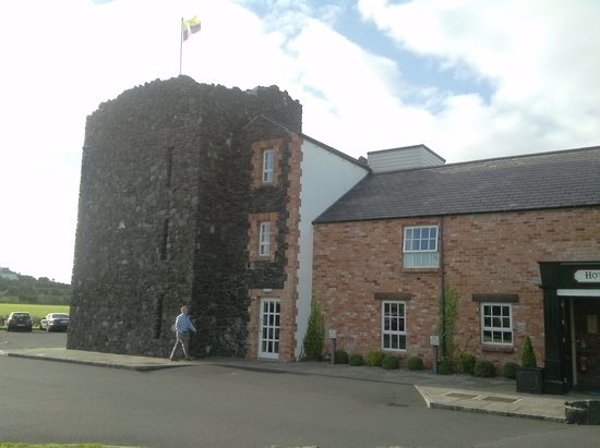 The Bushmills Inn Hotel: a tradition the flag in top for the guest who came from far