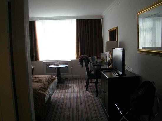Ballsbridge Hotel: ROOM