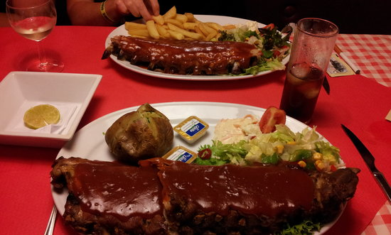 Uncle Sam's : Now that's a Rack o' Ribs!