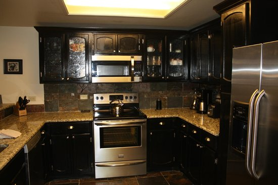 Village at Breckenridge Resort: kitchen