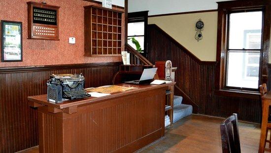 Hotel Vendome: Lobby