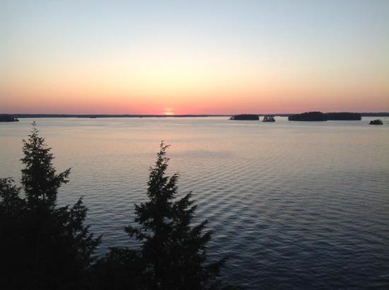 Taboo Muskoka Resort: Go for this view - the hotel is average at best