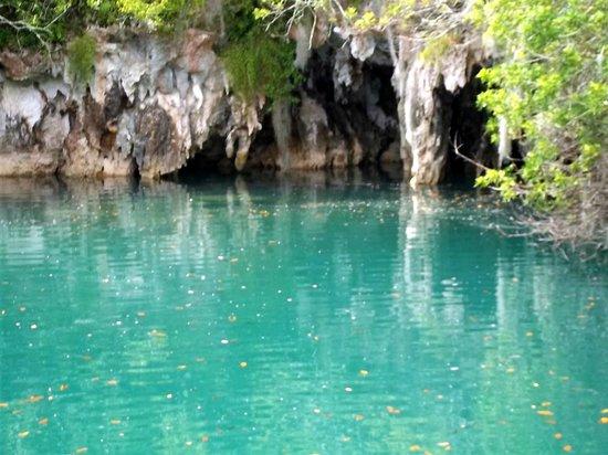 Blue Hole Park : Blue Hole