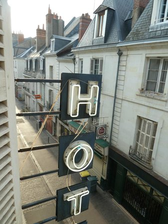 Hotel Colbert: Vista de la calle desde la habitacion