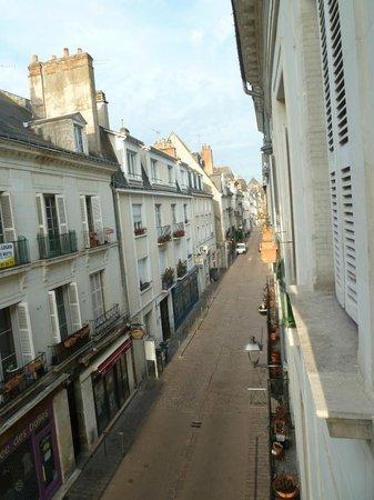 Hotel Colbert : Vista de la calle desde la habitación