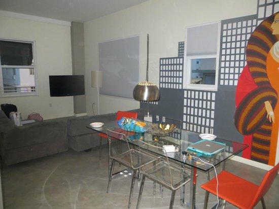 The Franklin Hotel: Von der Küche aus zum Wohnbereich