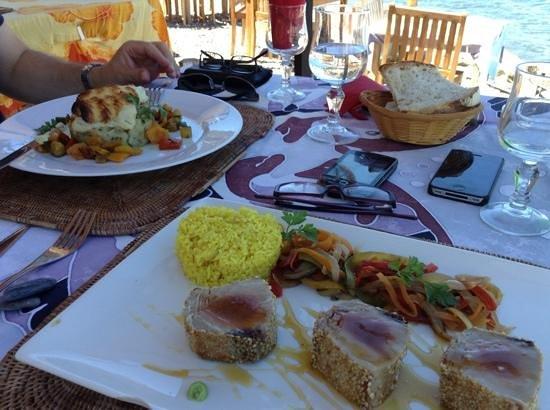Le Poisson Rouge: Fresh Tuna