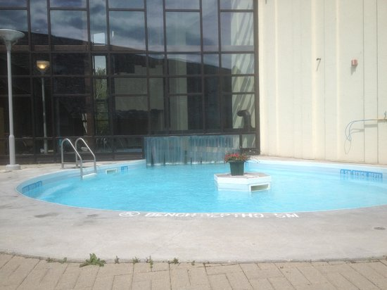 Outdoor aspect of indoor outdoor adult pool picture of for Pool spa show winnipeg