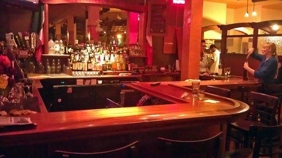 Mazzotti's Ristorante Italiano: The Bar