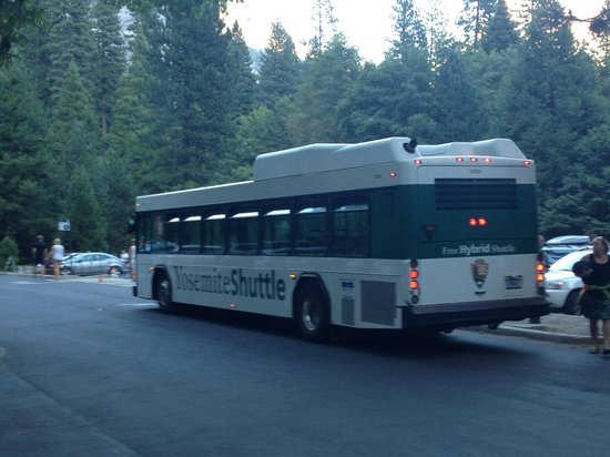 Yosemite Valley Lodge: shuttle buses
