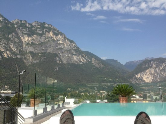 Hotel Kristal Palace - Tonelli Hotels: View from the pool on the roof