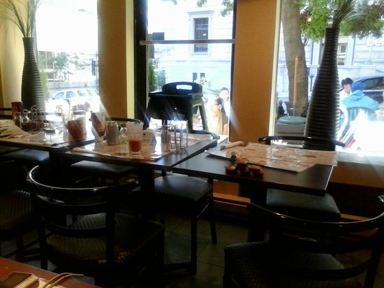 Bagel Expressions: Tables were never cleaned right away for new customers.