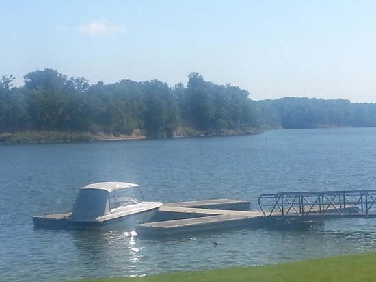 Deer Creek Lodge and Conference Center : Beautiful lake