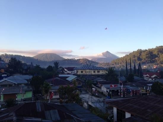 Edelweiss Hotel: volcans vue