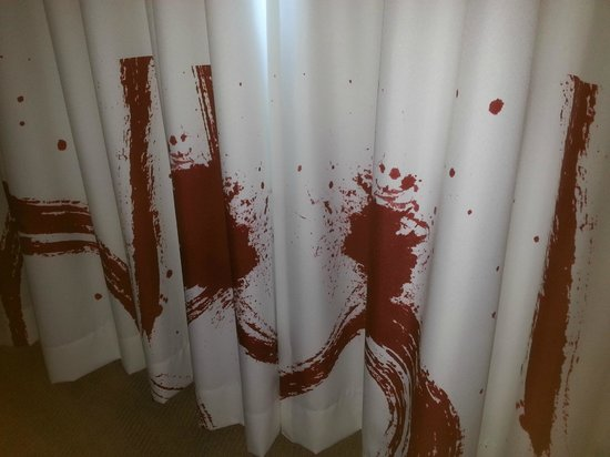 Novotel Sydney Olympic Park: Crime scene blood spatter curtains