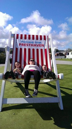 Presthaven Holiday Park: the big deck chair