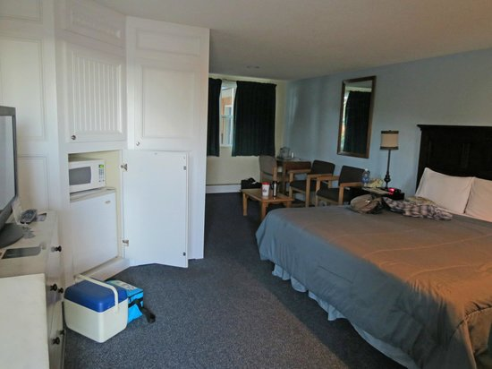 Salida Inn & Monarch Suites : King Room