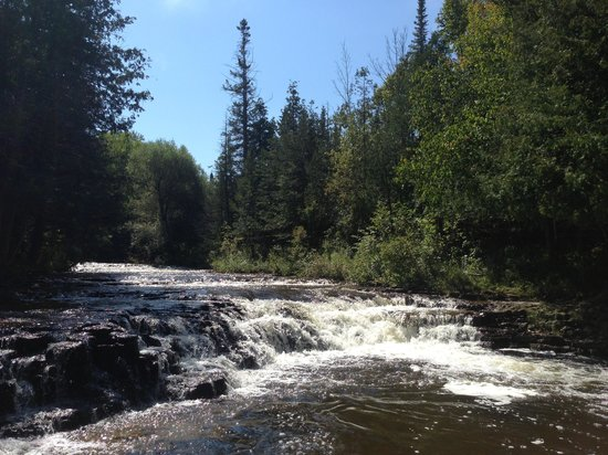 Presque Isle, Μίσιγκαν: Ocqueoc Falls