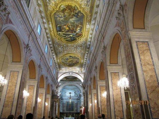 Duomo dei San Filippo e Giacomo: interior