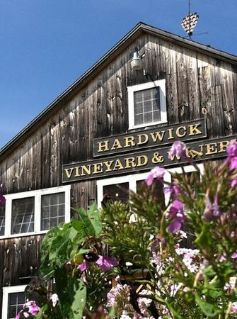 Hardwick Vineyard and Winery: the winery