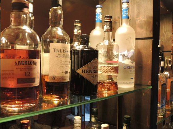 Bar No. 7: Top Shelf