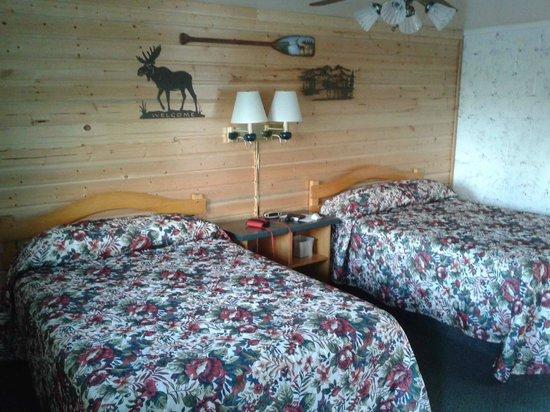 "One Horse Motel: Camera ""montana"""