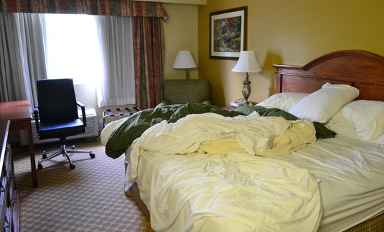 Country Inn & Suites By Carlson, Portland Airport: the room