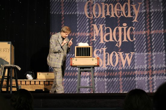 Mac King Comedy Magic Show: Mac King Show