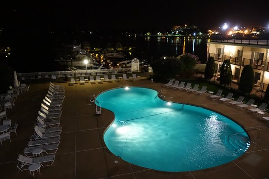 Molly Pitcher Inn : piscine