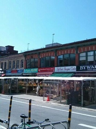 ByWard Market: All kinds of shops