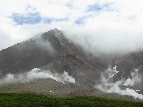 Asahidake Natural Hiking Route: ようやく見えた山頂