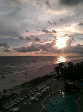 Beachcomber By The Sea: Sunset from room #405