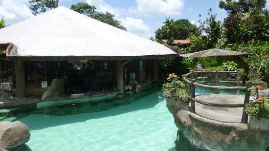 Los Lagos Hot Springs: Pool Bar & Hot Spring Tubs