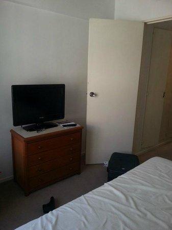 Loi Suites Arenales Hotel: Quarto