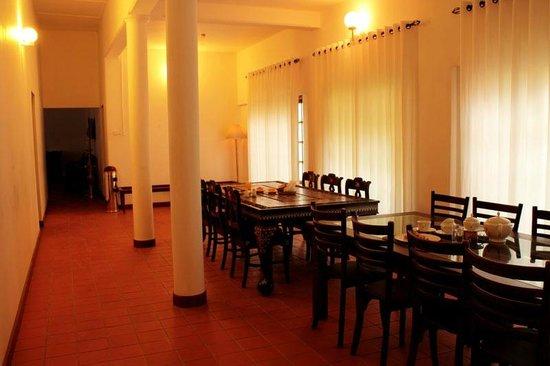 Castelo Kandy: Inside Dining