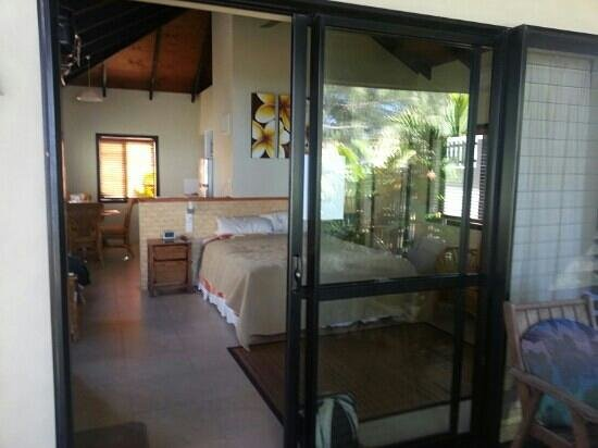 Muri Beach Resort: View from deck into Room 20