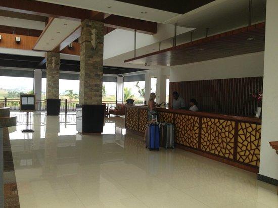 Manhao Hotel: Reception area