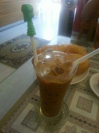 Cat Huy Hotel: iced coffee