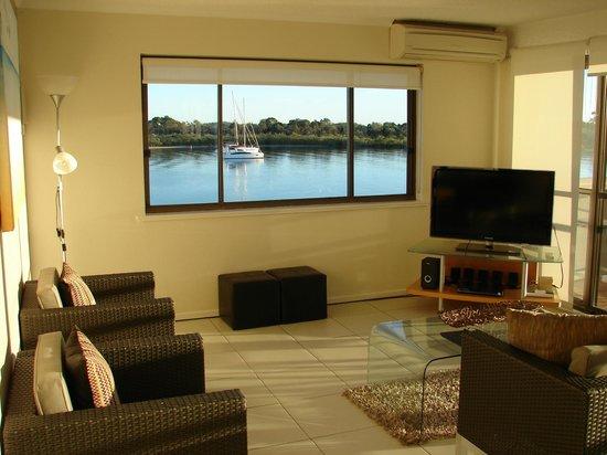 Noosa Shores Resort: View of river through lounge window