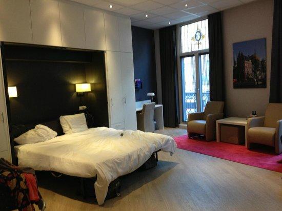 Hotel Amsterdam - De Roode Leeuw : Bedroom