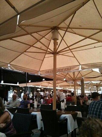 Restaurant des Voyageurs : terrasse