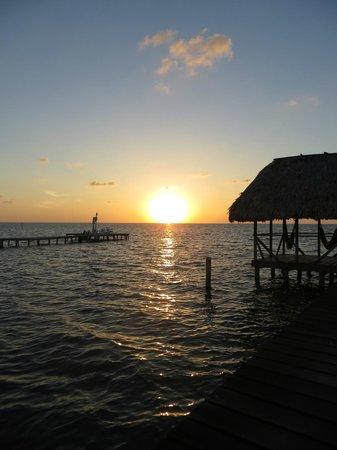 Colinda Cabanas: Watching the sunrise :)
