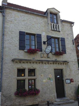 Hotel de Vougeot: Hotel Exterior