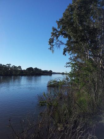 B & B on Sunrise: River walks adjoining the property