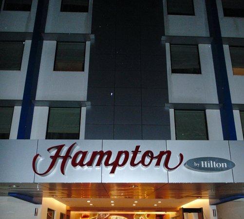 Hampton by Hilton Vadodara-Alkapuri: Front view